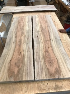 Bookmatch table top